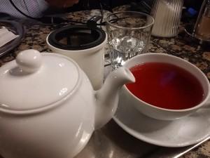 Tee im Cafe